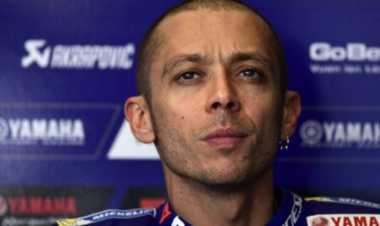 Rossi Ingin Balapan Pasca-Kecelakaan Motocross, Ini Komentar sang Ayah