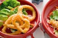 URBAN FOOD: Hangatkan Suasana Kumpul Malam Lebaran dengan <i>Calamari Ring</i>