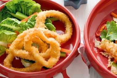 URBAN FOOD: Hangatkan Suasana Kumpul Malam Lebaran dengan Calamari Ring