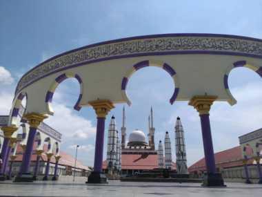 JELAJAH ISLAM: Rekomendasi Masjid Bersejarah di Jalur Mudik Jawa Tengah