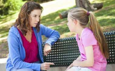 Sulit Memaafkan Kesalahan Temannya? Bantu Anak dengan Cara Ini Moms