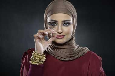 Trik Make-Up agar Wajah Tampak Cantik, Natural dan Segar di Hari Raya