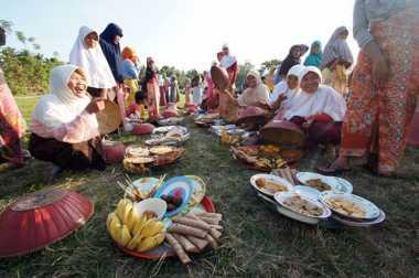 Ngejot, Tradisi Lebaran Unik di Bali
