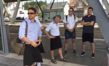 Pengemudi Bus di Prancis Nekat Pakai Rok, Kenapa Ya?