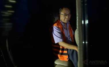Politikus Golkar Charles Mesang Didakwa Korupsi Rp9,75 Miliar
