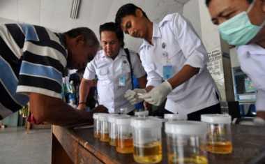 Polda Sumsel Tes Urine Pilot di Bandara Sultan Mahmud Badarudin II