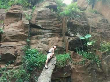 SHARE LOC: Bukit Kapur Arosbaya Tempat Instagenic di Madura
