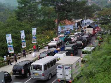 Jalur Nagrek Mulai Macet, Polisi Berlakukan Sistem Satu Arah