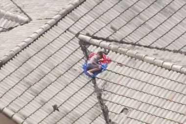 Dilaporkan Hilang, Anak 11 Tahun Dipergoki Tidur di Atap Rumah