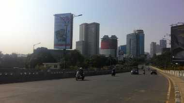 Banyak Warga Mudik, Arus Lalu Lintas di Sejumlah Ruas Jalan Jakarta Lancar