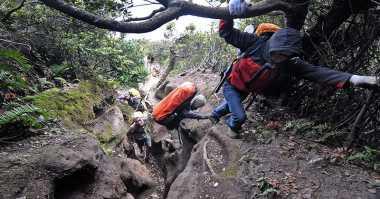 Tolong.. Turis Jerman Hilang di Gunung Sibayak