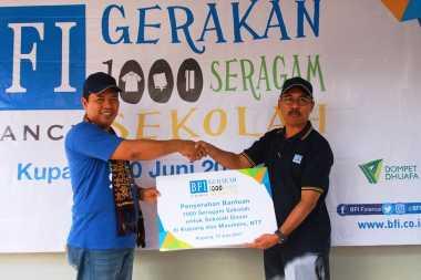 "BFI Finance Selenggarakan CSR Ramadan ""Gerakan 1.000 Seragam Sekolah"" di Kupang dan Maumere"