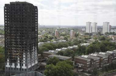 Buntut Kebakaran Menara London, 800 Keluarga di 5 Blok Berbeda Wajib Pindah