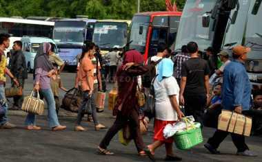 Puncak Arus Mudik di Terminal Kampung Rambutan Terjadi pada H-3 Lebaran