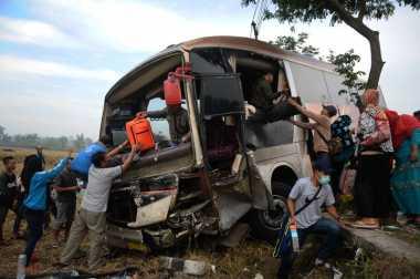 Bus Pemudik Jurusan Jakarta-Yogyakarta Terjun ke Jurang, 4 Penumpang Tewas
