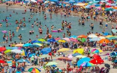 Delegasi Pejabat Korut Terkesima Eksotisme Pantai Spanyol