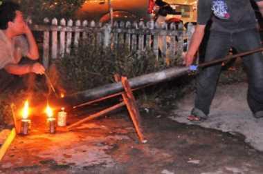 Kepolisian Malaysia: Jangan Main Meriam Bambu Selama Idul Fitri