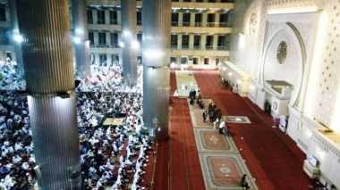 Lantunan Takbir Harukan Suasana Salat Idul Fitri di Masjid Istiqlal