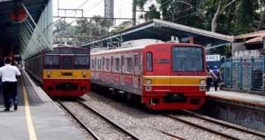 KRL Bogor-Jakarta saat Lebaran, Warga: Tahun Ini Lebih Sepi