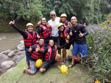 Berlibur ke Bali, Barack Obama Main Rafting
