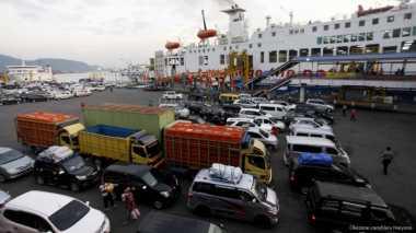 28.643 Penumpang Menyeberang dari Pelabuhan Bakauheni ke Merak