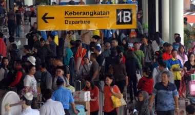 Arus Mudik Lebaran di Bandara Hasanuddin Makassar Meningkat 20%