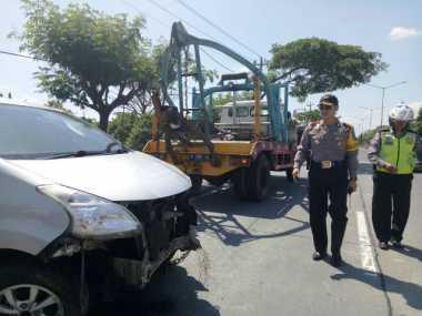 Mobil Masuk Parit, Satu Keluarga Gagal Bersilaturahmi Lebaran