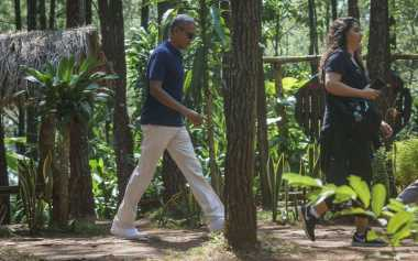 Liburan ke Indonesia, Malia Obama Ucapkan ''Eid Mubarak to All Our Muslim Brothers and Sisters''