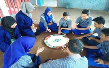 Lestarikan Budaya pada Siswa, Mahasiswa Ciptakan Permainan Monopoli