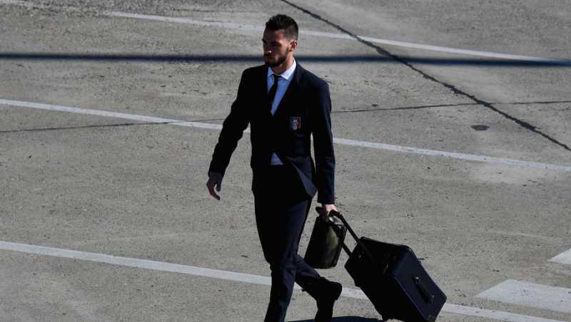 Selangkah Lagi Gabung Juventus, Mattia De Sciglio Sudah Tiba di Turin