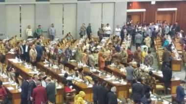 Hingga Pukul 22.30, Paripurna RUU Pemilu Masih Skorsing, Demokrat Lakukan Konsolidasi Internal Partai