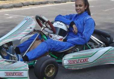 Jadi Pembalap Perempuan Pertama India, Erda Berharap Gabung F1