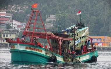 TOP NEWS (7): Tidak Punya Surat Persetujuan Berlayar, Kapal Penangkapan Ikan Disita Polisi di NTB