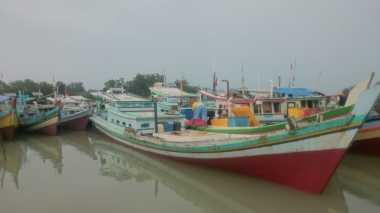 Cuaca Ekstrem, Nelayan Bangka Belitung Takut Melaut