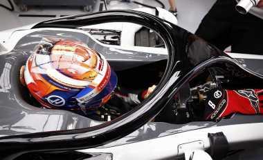 Hormati Keputusan FIA, Direktur Asosiasi Pembalap Sebut Penggunaan Halo Jadi Contoh Balapan yang Aman