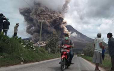 Gunung Sinabung 6 Kali Erupsi, BNPB Percepat Penanganan Pengungsi