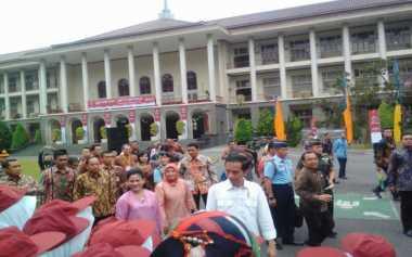 Presiden Jokowi Menyayangkan Daya Saing Bangsa Masih Rendah
