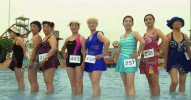 Lebih dari 400 Nenek-nenek Ikuti Kontes Bikini Tahunan di China