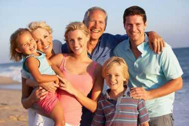 HARI ANAK NASIONAL: Liburan Bersama Keluarga Memiliki Efek Jangka Panjang bagi Kebahagiaan Anak