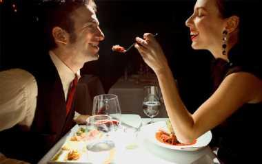 Pasutri Ingin Bercinta Setelah Dinner? Jangan Makan Daging Olahan, Libido Bisa Turun!