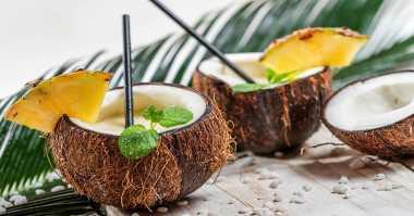 Ya Ampun, Kelapa Muda & 5 Makanan Paling Diincar Turis Justru Tidak Disukai Warga Lokal