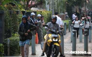 Razia Selama 5 Hari, Polda Metro Jaya Tilang 5.644 Pengendara yang Terobos Trotoar
