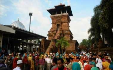 Menelusuri Keunikan Masjid Menara Kudus yang Berumur 468 tahun