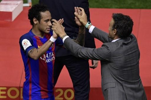 Diisukan Tinggalkan Camp Nou, Ronaldo Berikan Saran Neymar untuk Gabung Man United ketimbang PSG