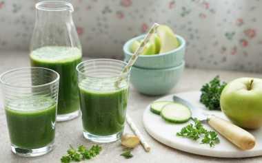 URBAN FOOD: Saat Panas Melanda Enaknya Seruput Green Smoothie, Terbuat dari Ubi & Sawi Jadi Menu Makan Siang Menyehatkan