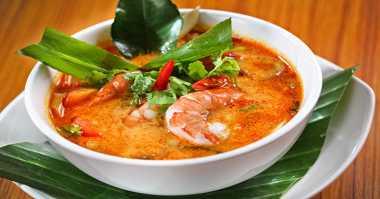 URBAN FOOD: Pilih Tom Yam atau Kimlo, 2 Makanan Berkuah Gurih Bikin Makan Makin Lahap