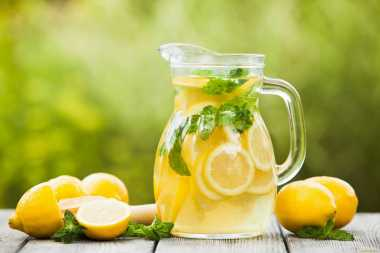 Cuma Jualan Es Lemon, Anak Kecil Ini Malah Diciduk Petugas Keamanan!
