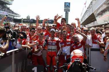 Siapa Pembalap dengan Perkembangan Poin Paling Signifikan Antara MotoGP 2016 dan 2017?