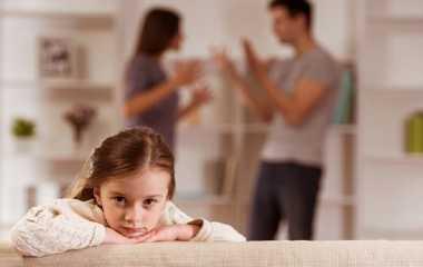 Selain Memicu Stres, Orangtua Bercerai Bisa Membuat Anak Rentan Obesitas