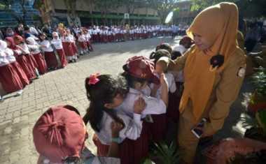 Pantau Perkembangan Siswa, Sekolah Wajib Terbitkan Dua Rapor